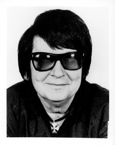 roy orbison, real musician, singer, songs, music, 60s, 70s, 80s, covers, pretty woman, you got it, only the lonely, crying, in dreams, blue bayou